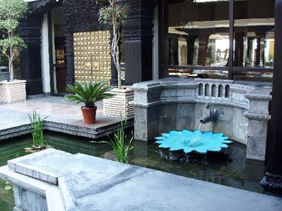 Hyatt Regency Kathmandu: fountains outside the Hyatt entrance