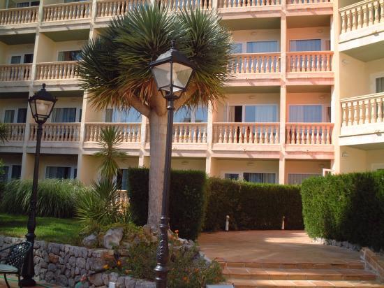 SENTIDO Porto Soller: Bedroom balconies