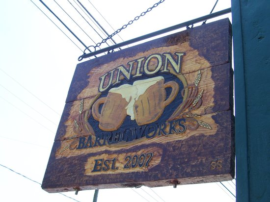 Union Barrel Works sign- May 24, 2007
