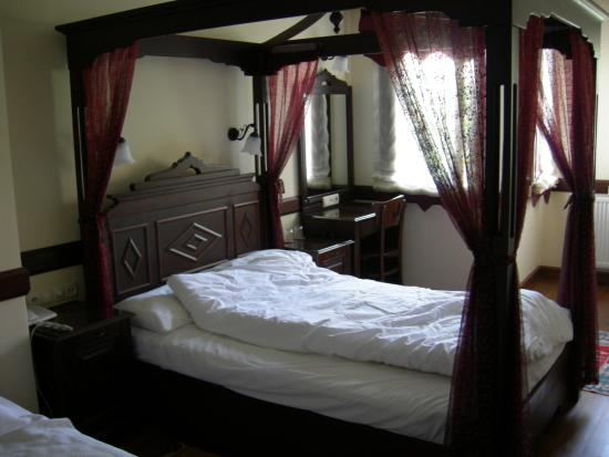 Hotel Alp: Triple Room