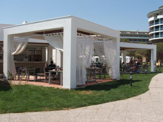 Voyage Belek Golf & Spa: snak bar resturant was lovley