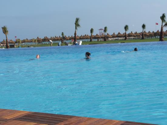 Voyage Belek Golf & Spa: main pool again