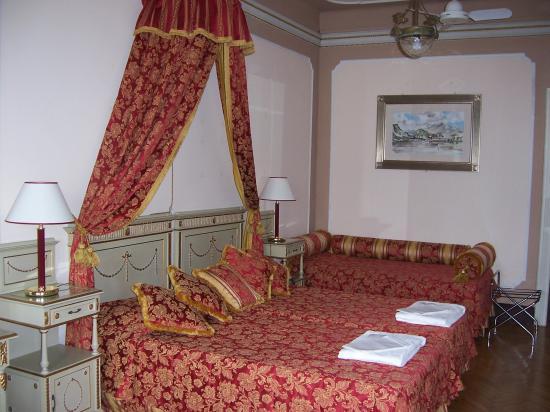 Cadenabbia di Griante, Italy: Superior room