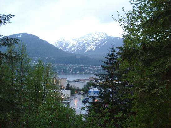 Alaska's Capital Inn Bed and Breakfast: View from Governor's Suite