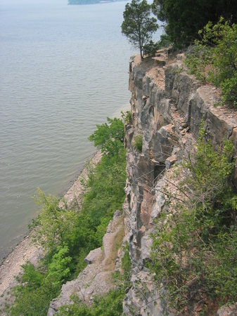 Grand Tower, IL: On top of tower Rock