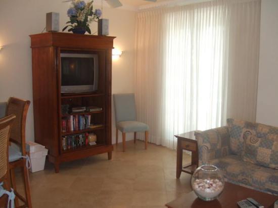 Villa Renaissance: Living Room 2