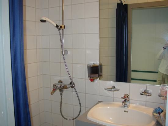 Ditt Hotell Gardermoen Gjestegard: bath
