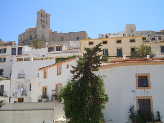 El Pinar Aparthotel : Evissa old town