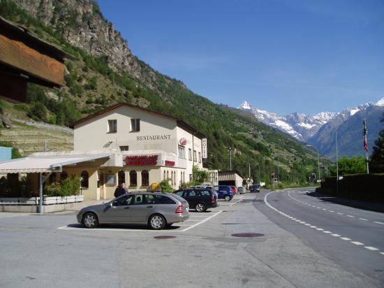 Hotel Ackersand: view of hotel from parking lot towards Visp from Zermatt direction