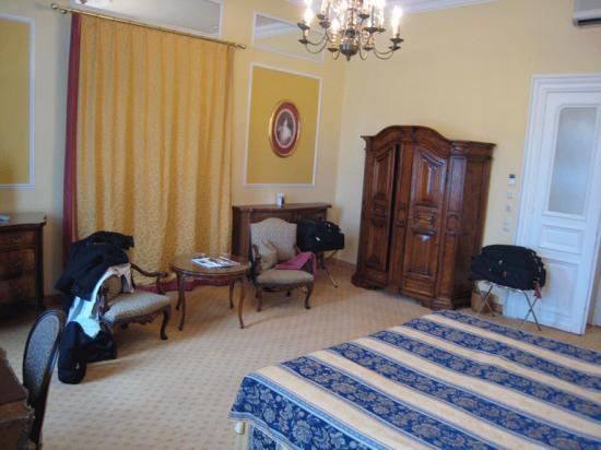Bristol Hotel Salzburg: Our room at the Hotel Bristol