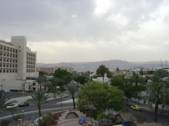 Alcazar Hotel: View to Eilat