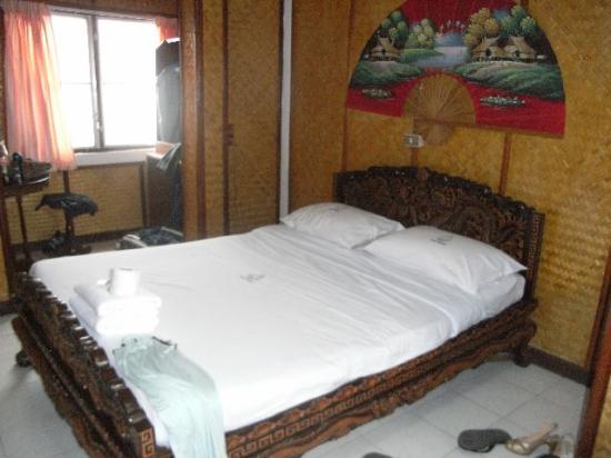 Lai-Thai Guest House: Our room