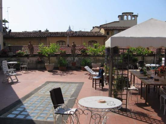 Hotel Il Bargellino: You can see the Duomo roof from their terrace!