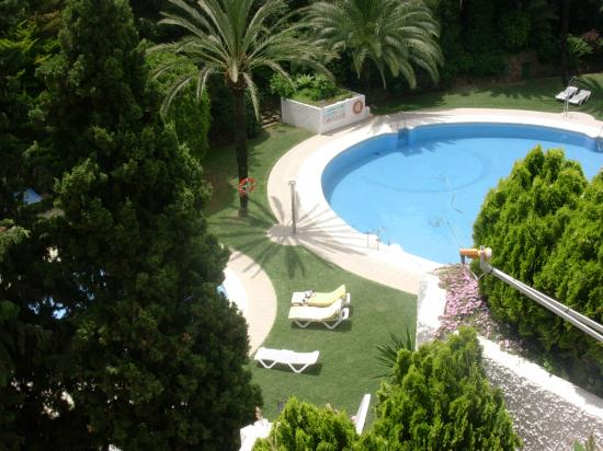 Photo of Jardines Del Mar Apartments Marbella