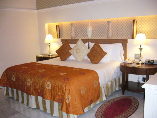 Iberostar Grand Hotel Paraiso: Habitacion con cama de 2x2