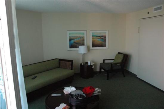 Seaside: Single room suite living area