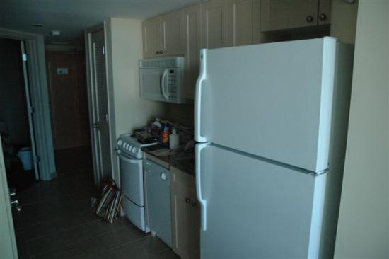 Seaside: Single room suite kitchen