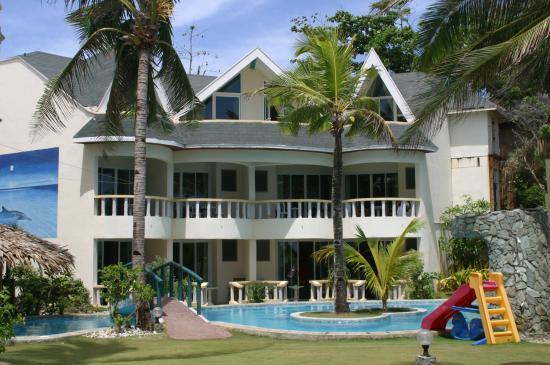Paradise Bay Beach & Watersport Resort: Hoteltrakt