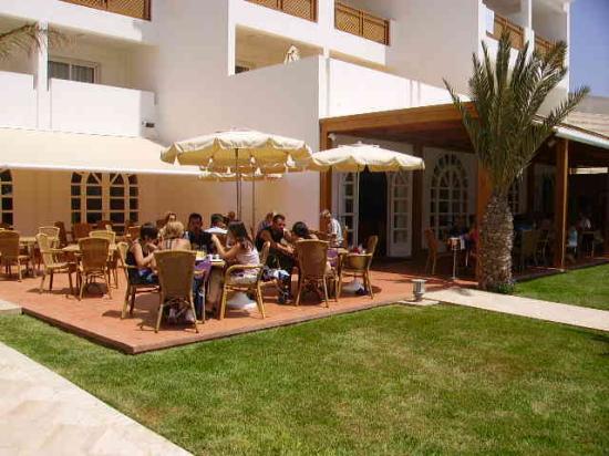 Hotel Timoulay & Spa Agadir : Bar Piscina