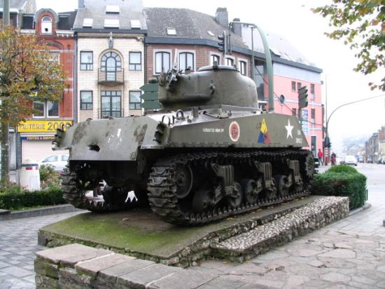Hotel Melba: Tank in McAuliffe Square, about 2 blocks away
