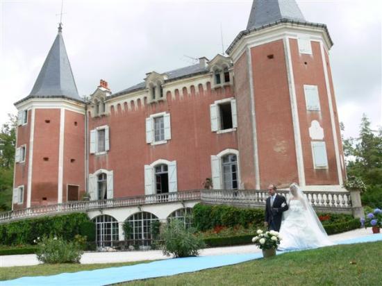 Hotel Le Pavillon du Chateau de Garrevaques: wedding