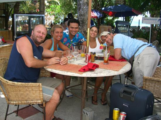 Red Coconut Beach Hotel: Excelent service and food at the Red Coconut +