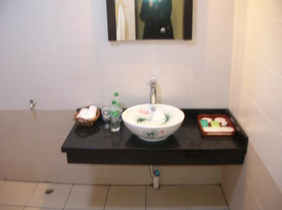 Li River Resort: Bathroom