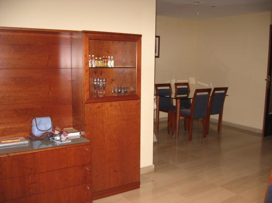 Aparthotel Napols: Dining Area
