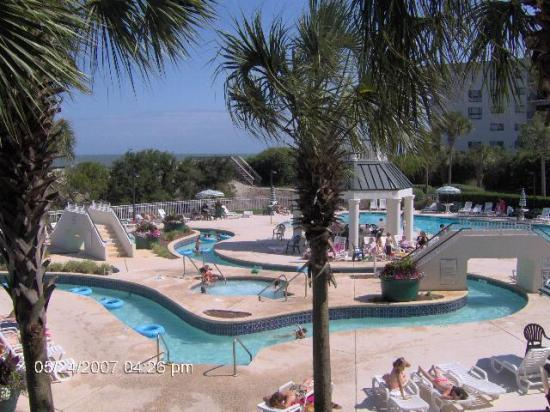 Litchfield Beach & Golf Resort: The Pool at the Brookside