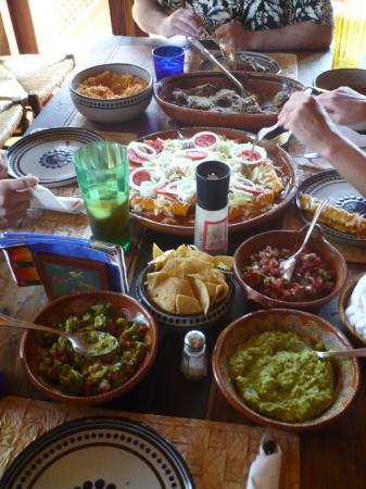 Casa Manana: Leonarda's Dinner!