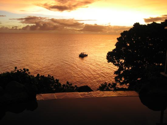 Royal Davui Island Resort: Plunge Pool Sunset
