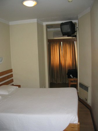Hotel Expo Astoria: a room at the back of the hotel