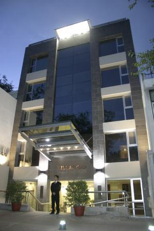 La Fachada Picture Of Villaggio Hotel Boutique Mendoza