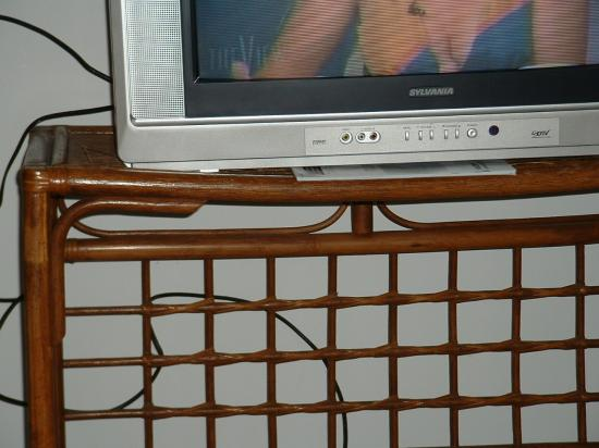 Waterforde Condominiums: Nice TV stand