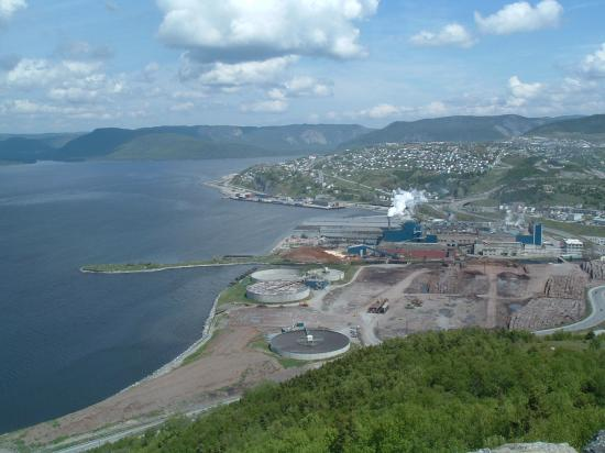Corner Brook, Canada: Over looking the Humber River and the Mill