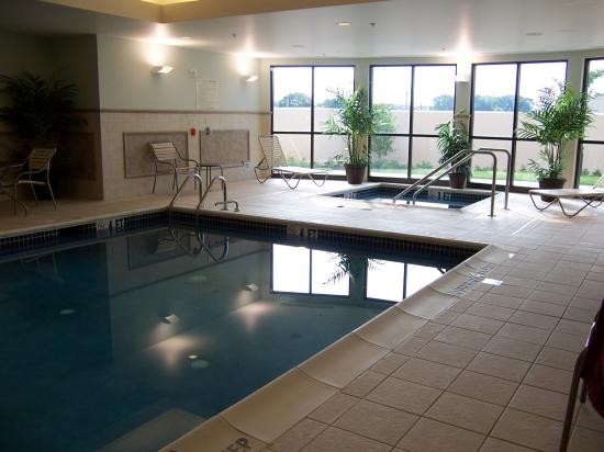 Courtyard Harrisburg West/Mechanicsburg: pool