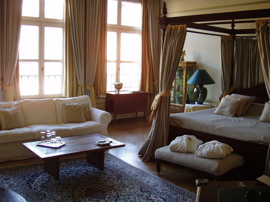 Le Dixseptieme: Stunning Suite-Beautiful Hotel