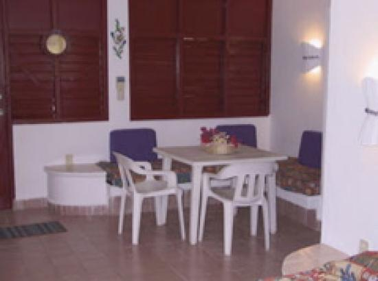 Casa La Petite France: room
