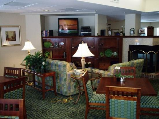 Residence Inn Boston Foxborough: Main lobby