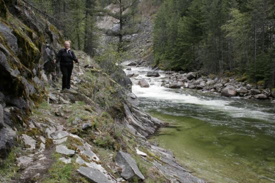 Mountain Trek Fitness Retreat & Health Spa: Hiking through Fry Canyon ... everyone's favourite.