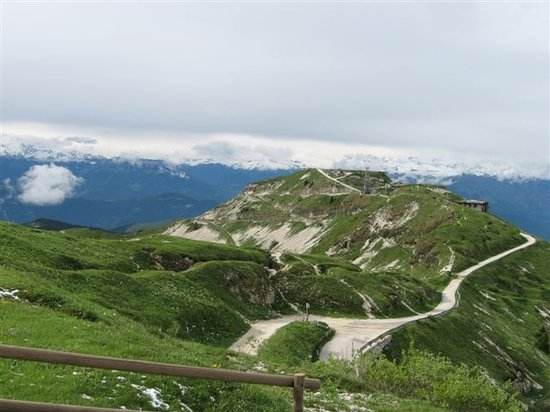 Wenecja Euganejska, Włochy: The Road To The Summit