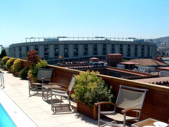 View of futbol stadium from rooftop foto di nh barcelona for Migliori hotel barcellona