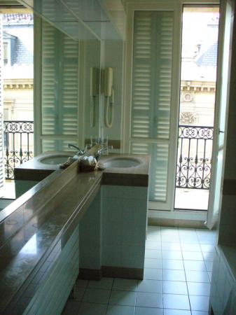 Splendid Etoile Hotel The Long Narrow Bath Had It S Own Balcony