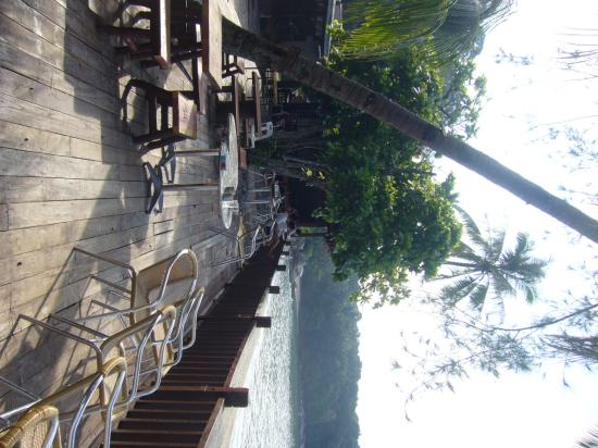 Pulau Lang Tengah, Malasia: Seafacing Deck Not Clean
