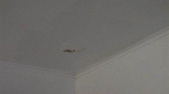 King Christian Hotel: Hole in the ceiling