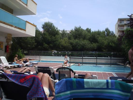 4R Salou Park Resort II: pool area