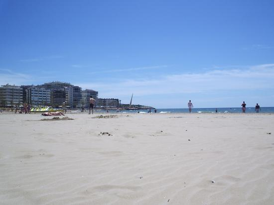 4R Salou Park Resort II: Main beach in Salou