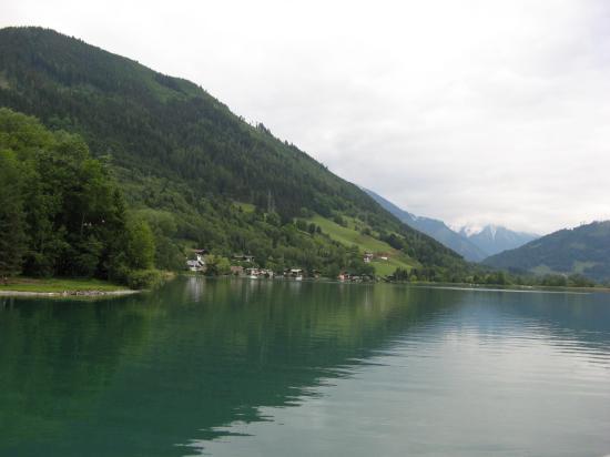 AlpineResort : The Lake at Zell Am See