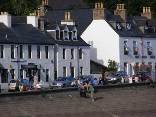 Royal Hotel: Ullapool -late afternoon-magical
