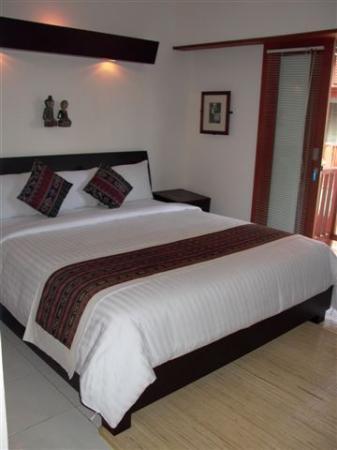 Respati Beach Hotel: deluxe room